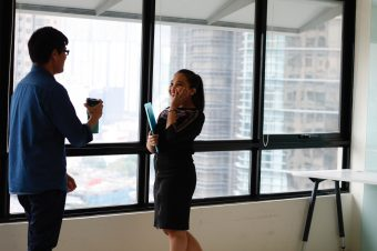 10 conversation starters for your first day at work